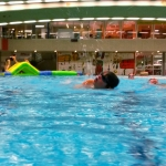 Juniorretter-Training im Hallenbad
